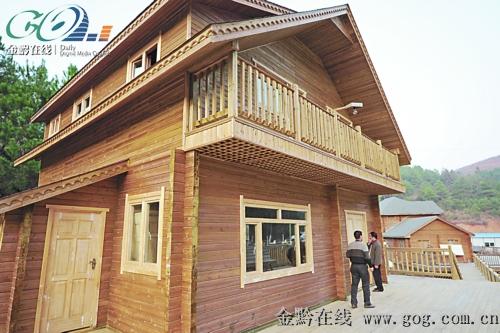 台江引进新型木材加工企业生产环保型小木屋