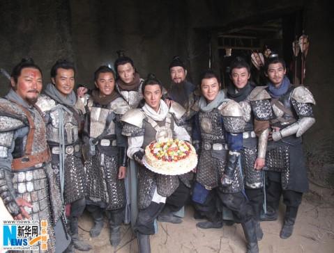 吴尊/10月10日是吴尊的32岁生日,正在北京拍摄电影《忠烈杨家将》的...