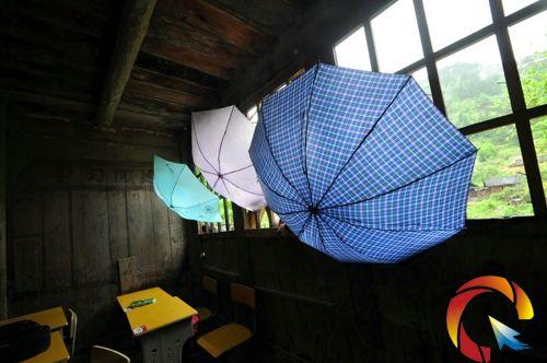屋頂吊頂雨傘效果