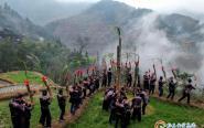 從(cong)江停洞︰苗族同胞載歌載舞歡慶燕子節