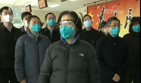 北京�U公�人�T在一般情�r下不得men)宕95口罩(zhao)