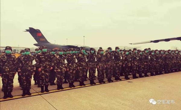 空军运-20飞抵武汉!首次参加非战争军事行动